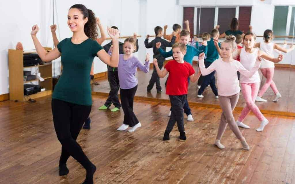 Things to know before sending your child to dance class